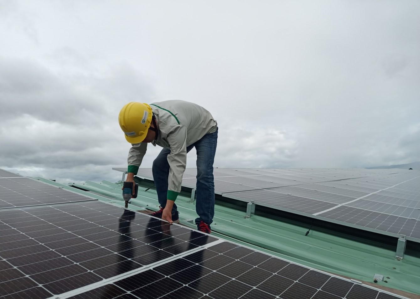 Dự án điện năng lượng mặt trời 998 kWp cho công ty cổ phần KTH Gia Lai