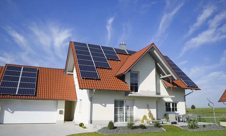 Pin năng lượng mặt trời giá bao nhiêu?