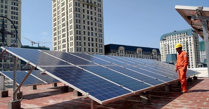 Điện năng lượng mặt trời mái bê tông