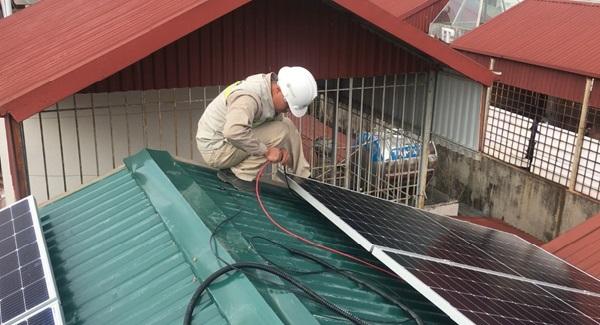 Hệ thống điện mặt trời Hybrid Intech Energy lắp đặt thực tế cho khách hàng